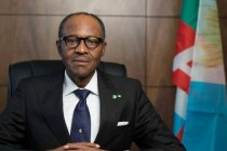 Buhari wins historic Nigerian election, faces economic challenges ahead