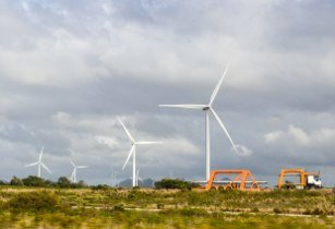 Photo of 2,40,000 homes in South Africa powered by Khobab and Loeriesfontein wind farms